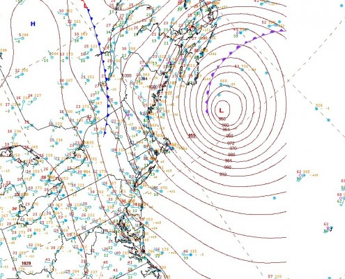 Surface analysis taken during the storm's maturity showed it having a pressure of 955mb! Not surprisingly, a cyclone this mature had a well-defined occluded front (NOAA).